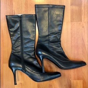 Zara black mid calf leather boots. Point toe s40